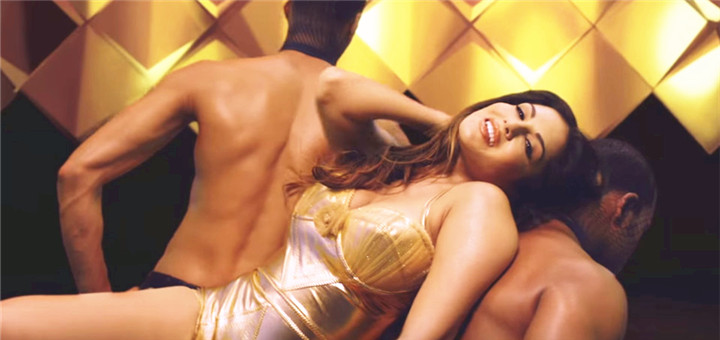 vidmate Hug me:Sunny leone new song out!
